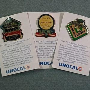 Vtg ⚾️ L.A. Dodgers Award Winners Pins- Unocal 76